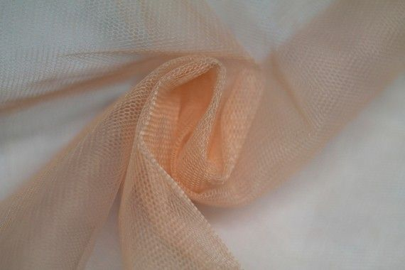Tissu Tulle Raide Saumon Coupon de 3 mètres