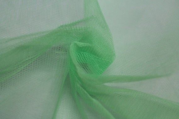 Tissu Tulle Raide Vert Amande -Au Mètre