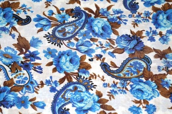 Tissu Viscose Imprimée Cachemire Bleu -Au Mètre