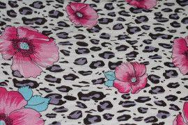 Tissu Viscose Imprimée Léopard Fleur Rose -Au Mètre