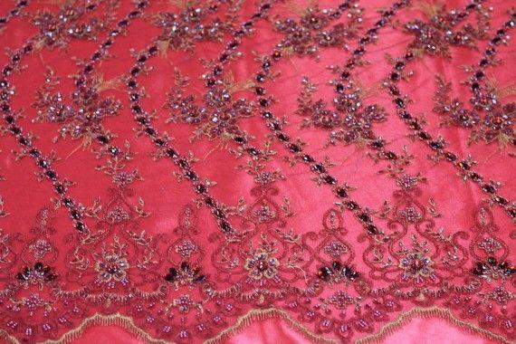 Tissu Tulle Perlé Rouge -Coupon de 3m40