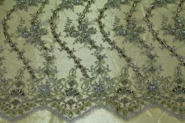 Tissu Tulle Perlé Doré -Coupon de 3m40