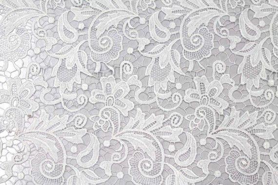 Tissu Guipure Blanc Optique -Au Mètre