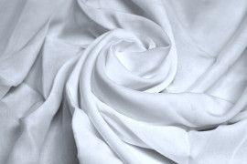 Tissu Voile Uni 100% Viscose Blanc -Au Metre