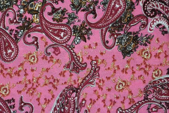 Tissu Viscose Imprimée Cachemire Vintage Rose -Au Mètre