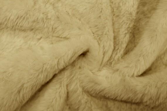 Tissu Fausse Fourrure Beige -Coupon de 3 mètres